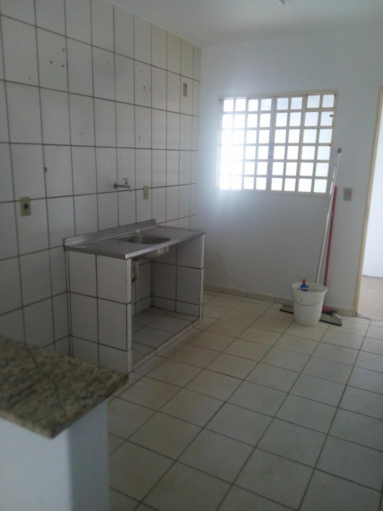 Casa para Aluguel 80 m²  com 2 quartos