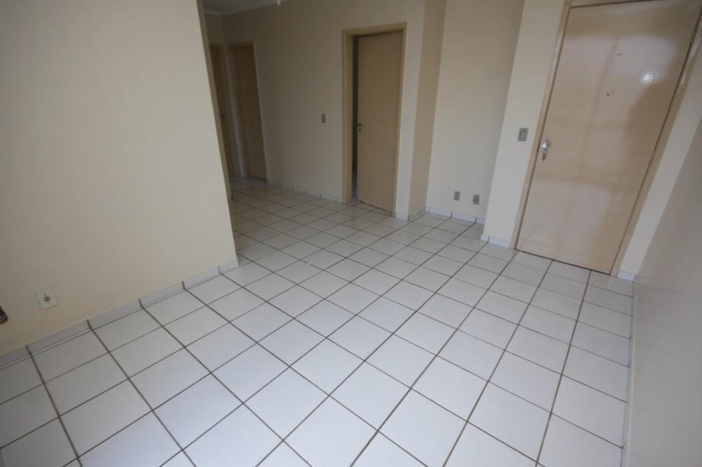 Apartamento com quartos para Alugar, 65 m²