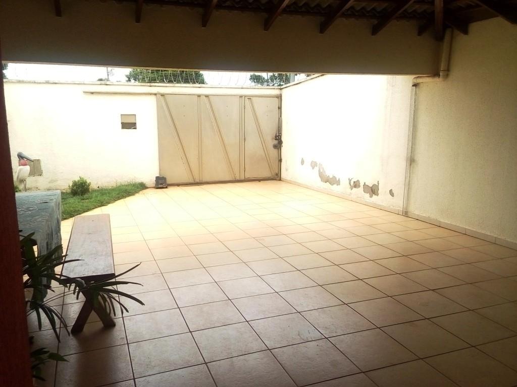 Sobrado de 3 dormitórios à venda em Jardim Presidente, Goiania - GO