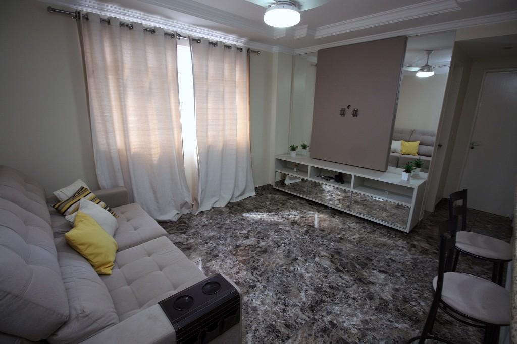 Apartamento com quartos para Alugar, 55 m²