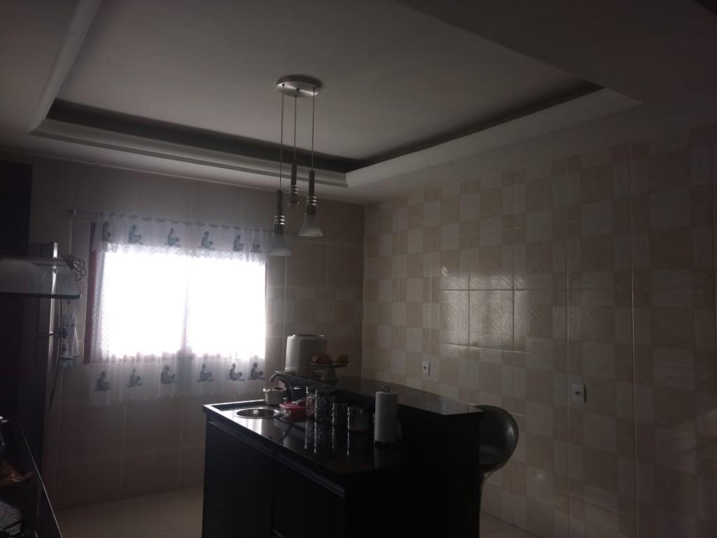 Casa para Venda e aluguel 255 m²