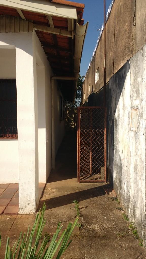 Casa com quartos para Alugar, 98 m²